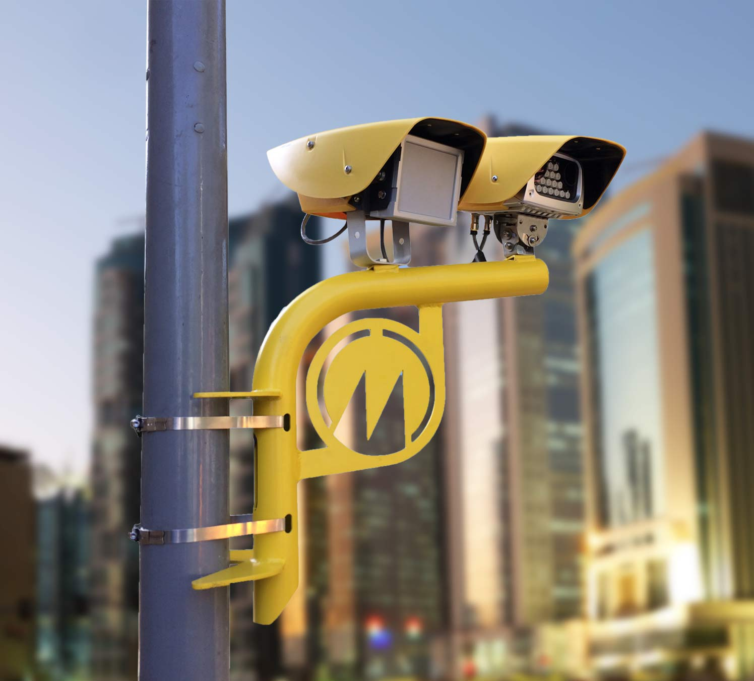 System which combines speed and red light enforcement